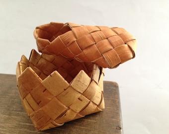 Vintage Swedish birch bark basket and shoe Set of 2 Rustic home kitchen decor Small baskets