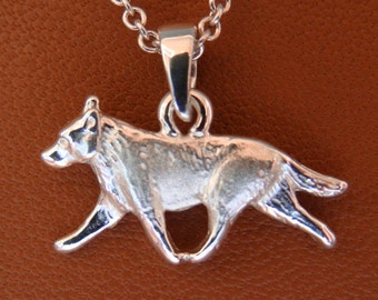 Small Sterling Silver Australian Cattle Dog Moving Study Pendant