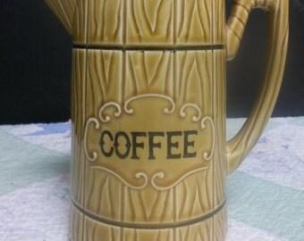 1/2 OFF!!!   Vintage, Wood Grain Barrel Look Coffee Carafe/Pitcher/Pot , Royal Sealy Japan, T