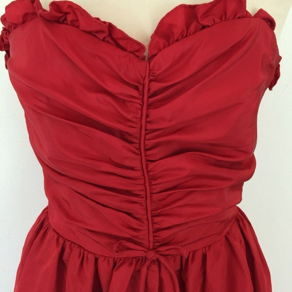 Vintage evening dress 1950s style corset dress red tafetta boned burlesque pin up red carpet style UK 8 ruched vamp halloween