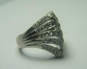 Platinum antique diamond ladies ring