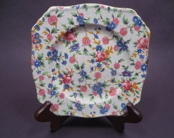 """Royal Winton """"Old Cottage Chintz"""" Bread and Butter Plate, Ascot Shape, vintage 1930s"""