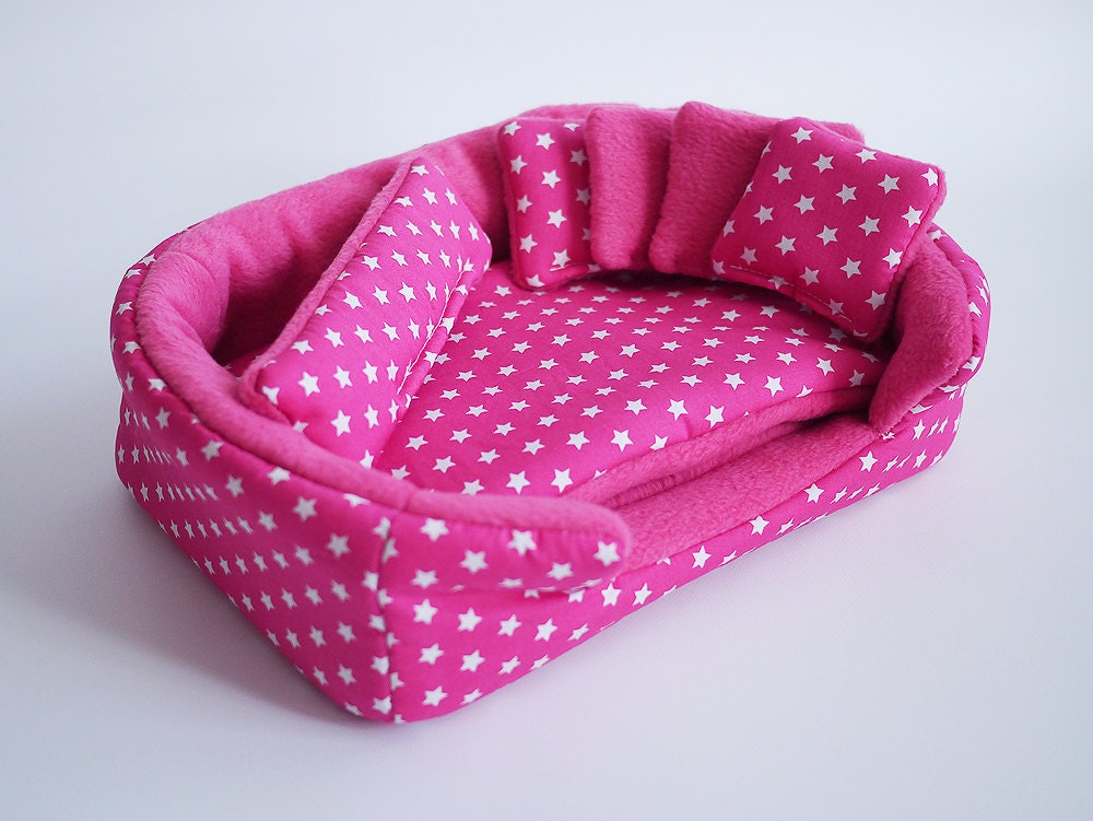 Cosy Cuddle Cup Bed Lounge With Waterproof Blanket And 5