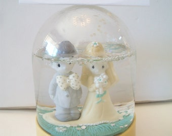 Vintage Precious Moments Wedding Snowglobe The Lord Bless You and Keep You Bride Groom