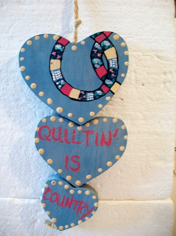 Vintage quilting is country heart wall decor valentines day for Wooden heart wall decor