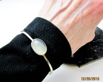 Bracelet Star Moonstone & 14K, Vintage 1990s, 5Ct. Chalcedony Cab Bezel Set Bangle, White Gold,Tampico Sample, S.F. USA.