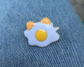 Egg Enamle Pin