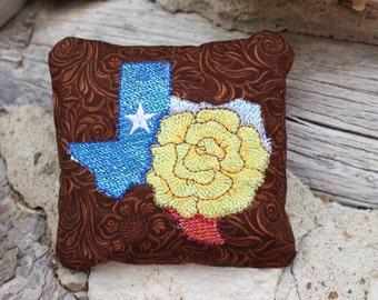 Texas Rose Sparkle Pincusion