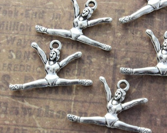 10 Gymnast Charms Gymnast Pendants Antiqued Silver Tone 3D 26 x 16 mm