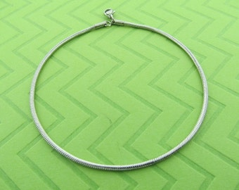 stainless steel snake chain anklet. avail in 9.5 and 10.5 inches