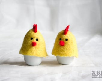 Egg cosy, set of 2, Easter egg cozy, Hen egg cosy, Felted egg warmer, Egg warmer, Chicken egg warmer, Pair of hens, Pair of chicks