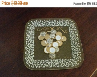 On Sale Designer Dan Baird Hand Painted 7 inch Square Grape Glass Decorative Plate