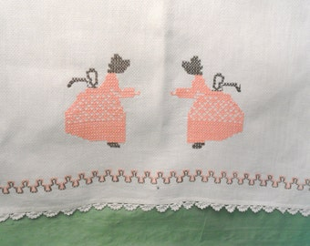 Swedish embroidery huck guest hand towel in peach and brown / Woman, vintage, AS-IS / washstand towel