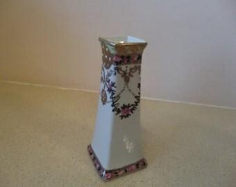 Vintage, decoraative,Porcelain ,hand painted, hat pins holder / bud vase, used