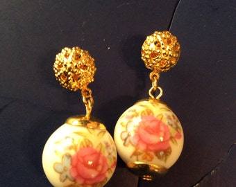 Hand painted gold toned earrings pierced  1-1/2 in