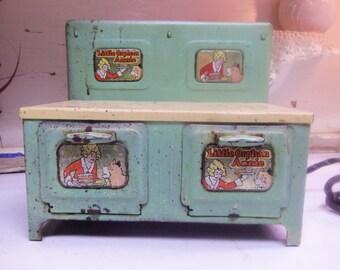 Vintage Ge toy stove