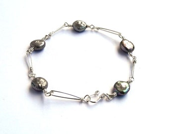 Silver and Pearl Bracelet, Sterling Silver, Grey Coin Pearl, Delicate Bracelet, Wire Wrapped Link Bracelet, Natural Pearls