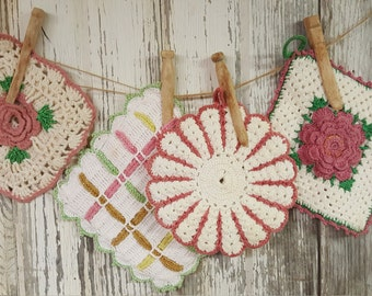 Cute as Ever Set of 4 Vintage Hand Crochet Pot Holders
