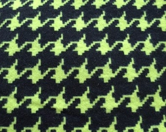 Houndstooth  print in lime green and black houndstooth print fitted  crib/toddler  sheet