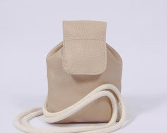 Romy - beige leather backpack