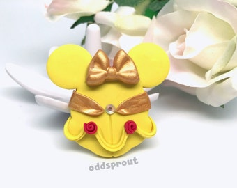 Character Pin   Princess Brooch   Fairytale