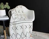 Cotton Knit Throw Blanket - 80% Recycled Cotton Fibers - Rockin' Moroccan - Charcoal, Ivory