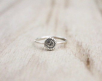Sunflower ring, sterling silver ring, sun flower ring, flower rings, floral ring, fall ring, sterling silver ring