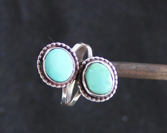 Vintage two stone turquoise ring. FREE SHIPPING
