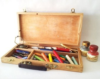 Vintage artist case