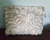 Vintage Leather Clutch with Flowers Design / Leater Purse / Artisanal Purse