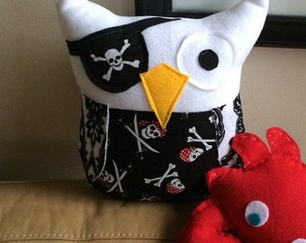 Pirate Owl Plushie- Small Pirate owl- Black and Red Pirate owl Plush toy