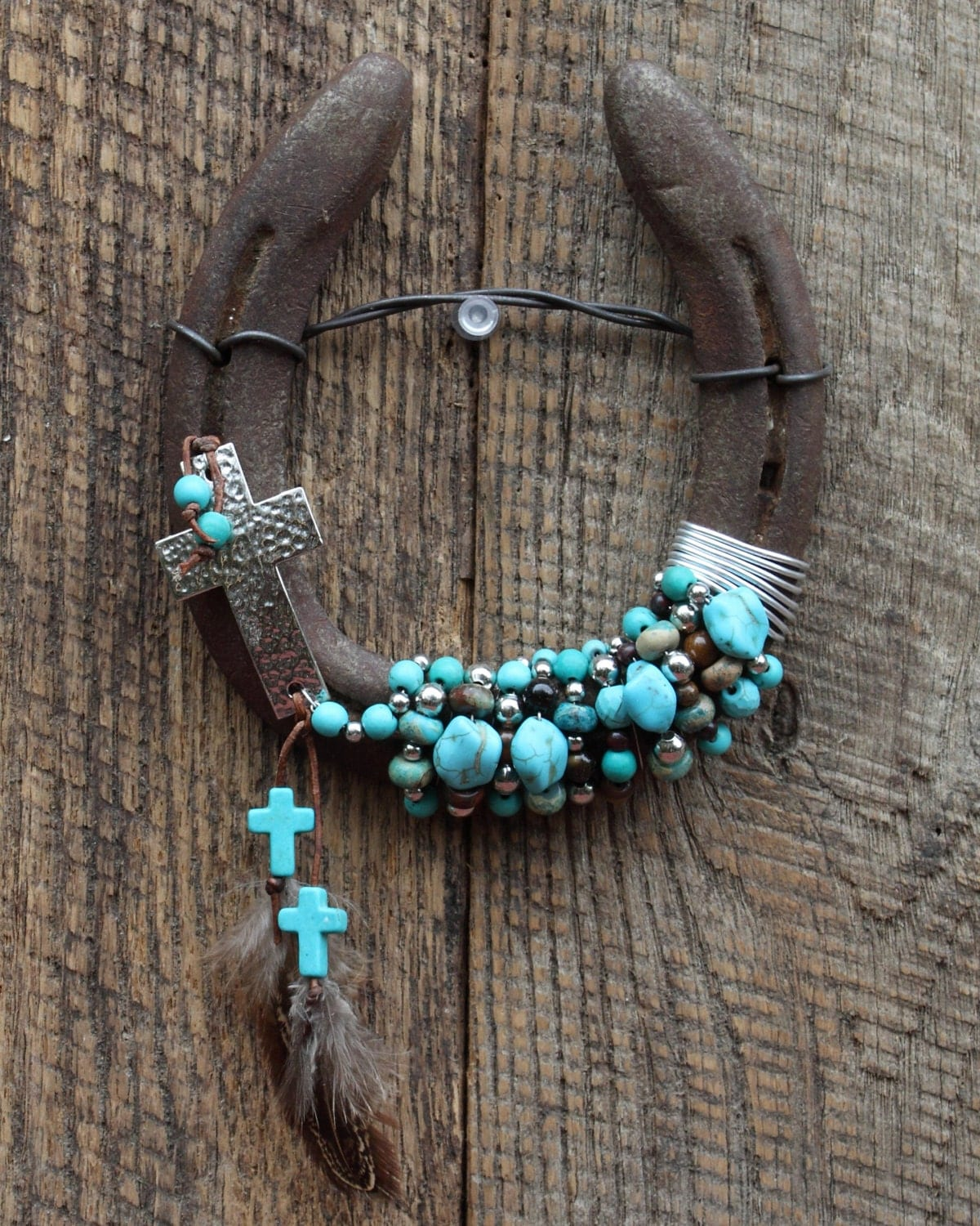 Cross beaded horseshoe wall hanging home decor western for How to decorate horseshoes