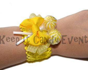 Yellow Candy Corsage, Yellow Lollipop Corsage, Wedding Corsage, Prom Corsage, Homecoming Corsage, Candy Corsage, Lollipop Corsage, Lollipop