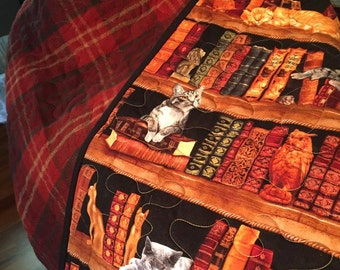 Catlovers Cats and Books Lap quilt