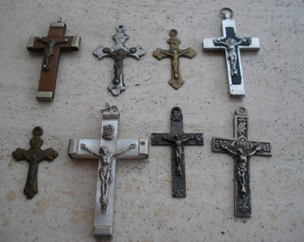 8 antique french vintage religious crucifixes crosses 交 пересекать of the old world.