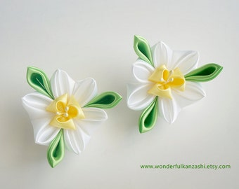 Narcissus Tsumami Kanzashi Fabric Flower Hair Clips White Yellow Green Satin Spring Flowers