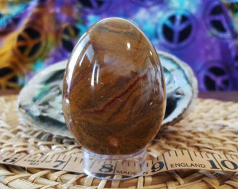 Pakistani Onyx Egg ~ One XXL Reiki Infused gemstone egg with stand approx 2.75 inches high (E05)