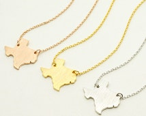 Texas Necklace / state necklace, map necklace, map Jewelry, state charm, I love Texas / N261
