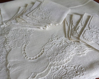 Vintage Linen Embroidered Cutwork Tablecloth, 8 Napkins