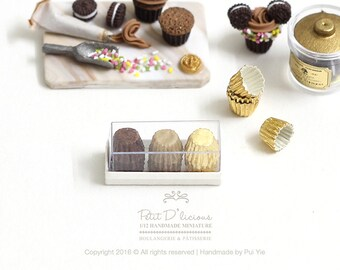 Set of 12 Cupcake Liners in a box-Gold Brown themed- 3 Mixed Combo Colour- 1:12 Dollhouse Miniature Scale