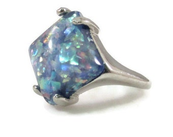 Unique Iridescent Glitter Embedded Blue Resin Stone and Silver Tone Ring - Size 7