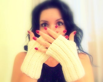 Cream Fingerless Gloves Hand Crocheted by Raquel at theWRC