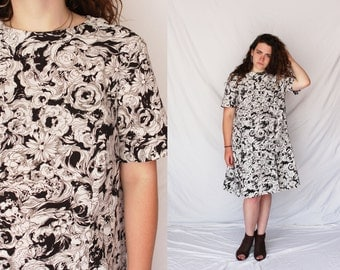 MONOCHROME FLORAL 80s Midi Dress Short Sleeve Knee Length Printed Dress Flowers Black White 1980s Retro Hipster Grunge Extra Large XL