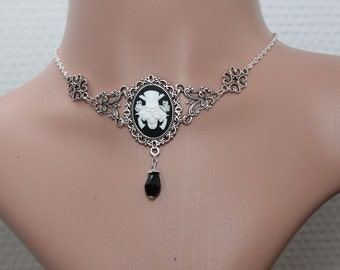 Gothic necklace - Gothic cameo