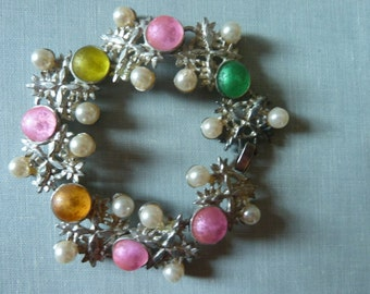 Vintage bracelet Silver and pastel colors Vintage jewelry Retro jewelry Pink, green yellow vintage bracelet Gift for her