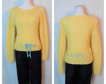 Vintage Yellow Knitted Sweater/ Late 70's Sweater / Small