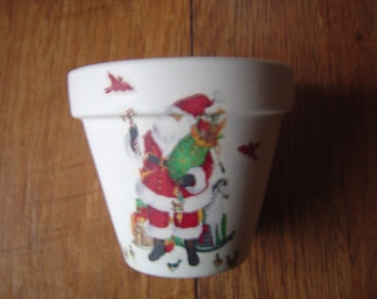 Hand Painted and Decoupaged Decorative Flower Pots ( Decoupage ) Santa Claus, Christmas
