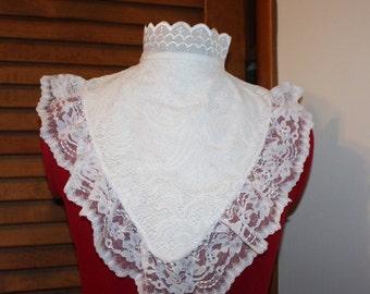Women's victorian Style collar