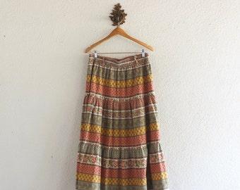 1970s Vintage Floral Bohemian Skirt/ 70s Vintage Floral Bohemian Skirt/ 70s Vintage Fritzi California