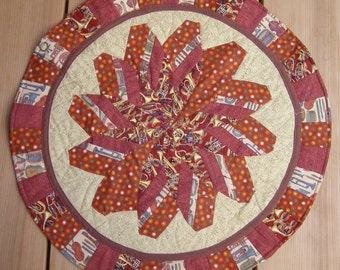 Red Round table mat with musical theme